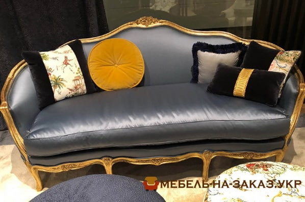 оттоманка с цветными подушками на заказ