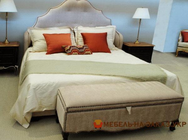 комплект кровать пуфик