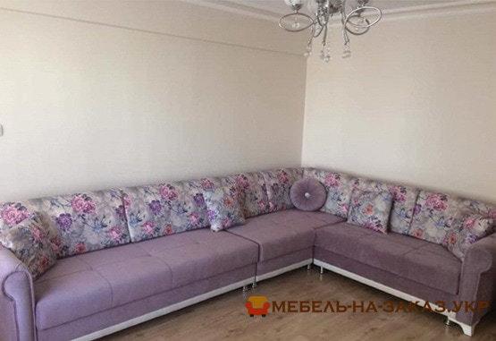 большой угловой диван Новые петровцы