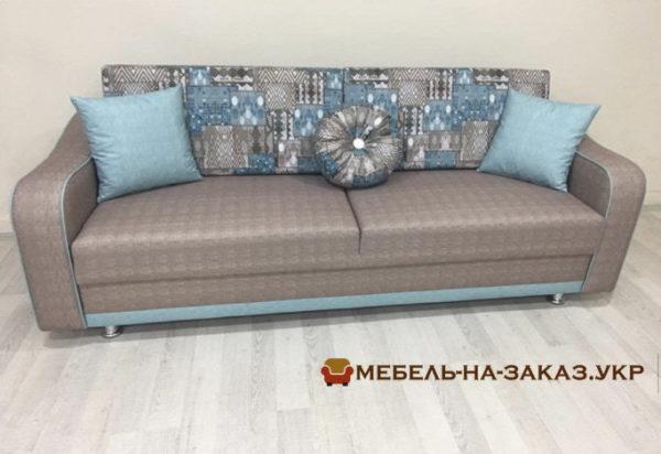 прямой диван в гостиную