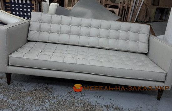 белый офисный диван прямой