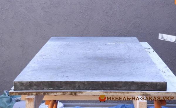 как делают бетонную столешницу на заказ