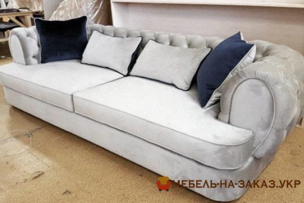 прямой диван-кушетка