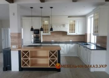 Соломенский район Кухня на заказ с деревянными фасадами