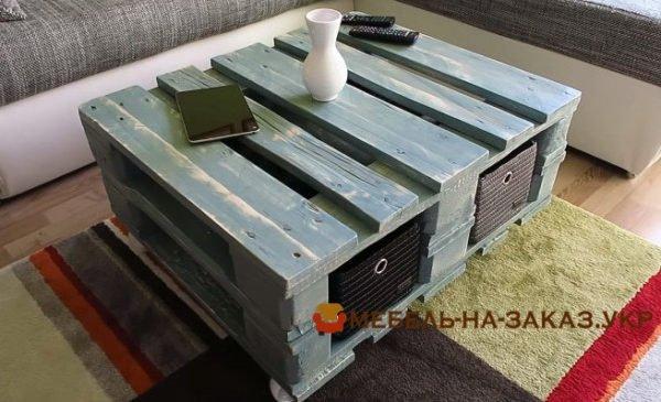 диван из поддона под заказ Вишневое