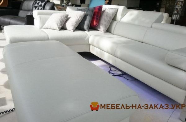 Анны Ахматовой заказать диван