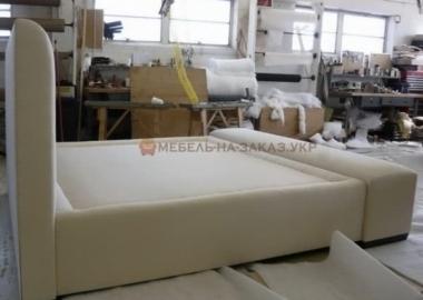 производство дизайнерских кроватей
