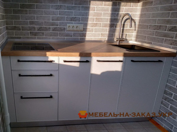 верхние секции маленькой кухни на заказ в Киеве