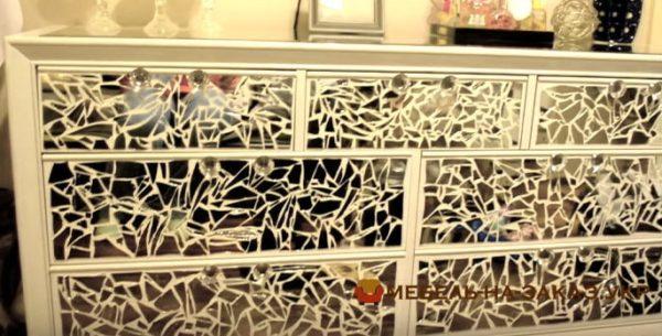 дизайнерские зеркальные тумбы