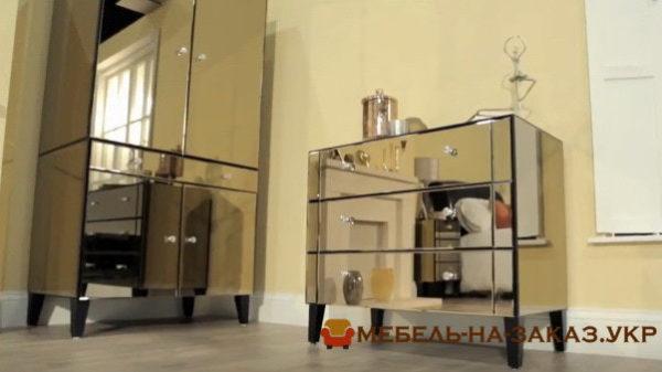 дизайнерская мебель из зеркал для спальни
