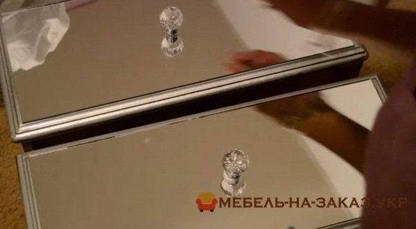 установка ручек в зеркальной мебели