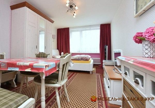 мебель в спальню белого цвета из дерева