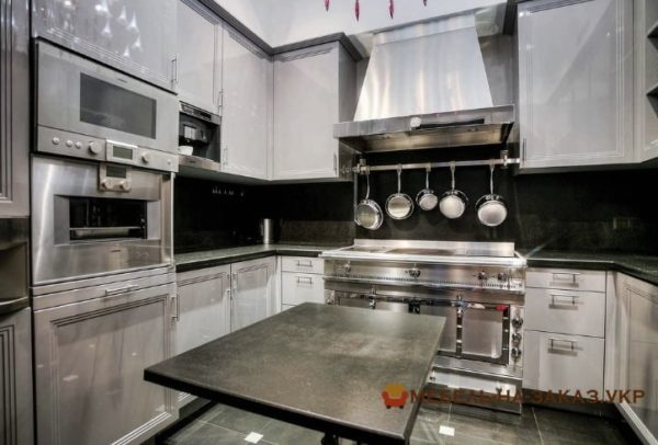 Дизайнерские кухни мдф в Украине