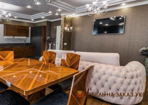 авторский диван со спальным местом в гостиную Печерск