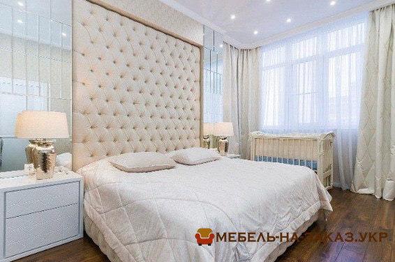 прямые диваны для элитной квартиры на заказ в Киеве