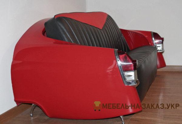 красное кресло из авто