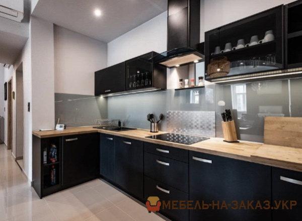 современная кухня черного цвета под заказ