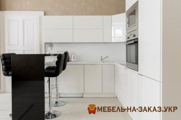 кухня студию в Украина