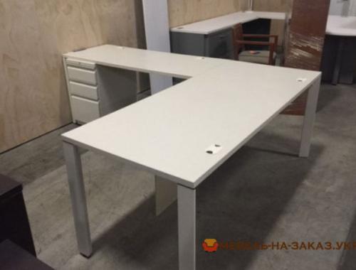 продажа оптовая офисной мебели в Киеве
