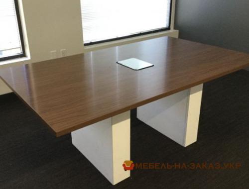 офисная мебель на заказ со склада