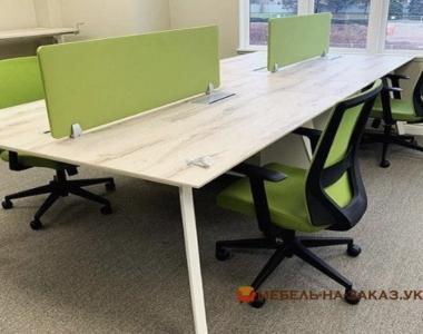 офисная мебель корпаротивного цвета на заказ
