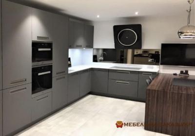 п образная кухня серого цвета на заказ