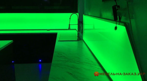 кухня с подсветкой на заказ новые петровцы