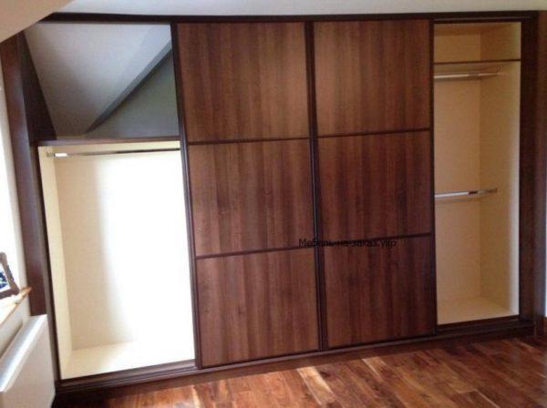 прямой шкаф-купе в гостинную