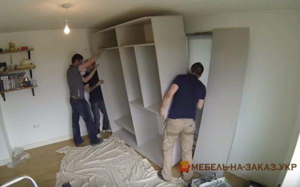изготовление шкафа-купе в спальню на заказ