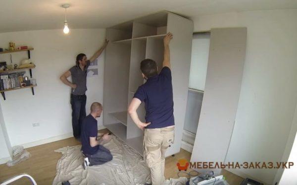 изготовление шкафа-купе в спальню под заказ в Киеве