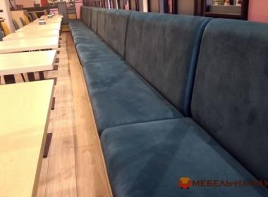 модульный заказной диван в кафе