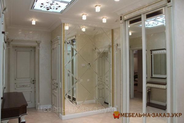 зеркальный шкаф-купе в коридор