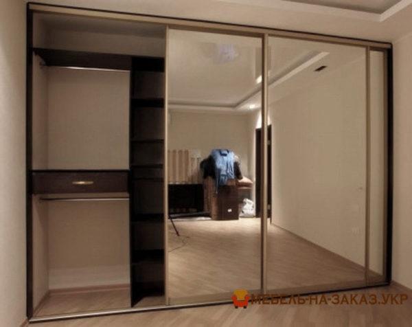 изготовление шкафа-купе с зеркальными дверями на заказ Буча