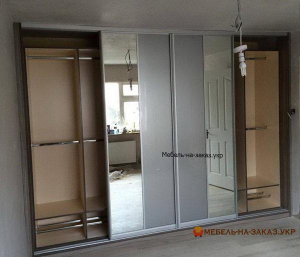 изготовление шкафа-купе с зеркальными дверями на заказ Новые петровцы