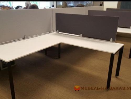 купитьугловую офисные столы на металлической базе в Киеве
