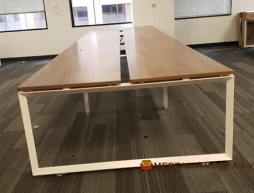 купить офисные столы на металлической базе
