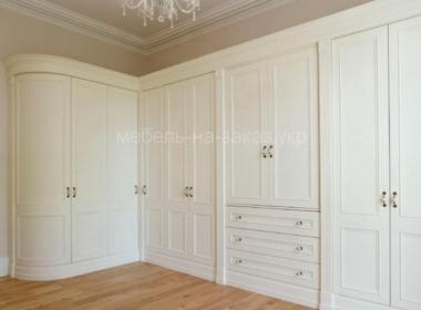угловые шкафы на заказ для гостинной