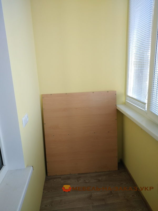 сборка шкафа-купе на балкон