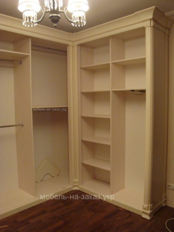 шкаф угловой под заказ без дверей