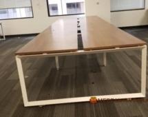 LOFT из дерева в офис в переговорную с металлическими ножками