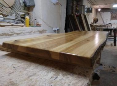 изготовить деревянную столешницу