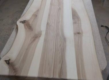 Стол прямоугольный из дерева