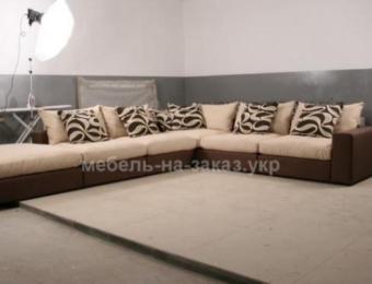 большой уловой диван в прихожую