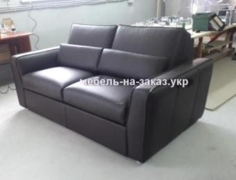 Эксклюзивный чёрный диван