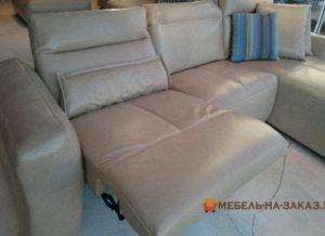 Серый угловой диван с реклайнером