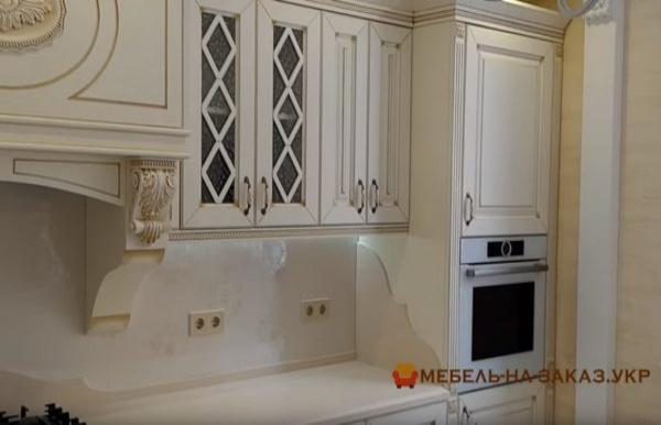 кухня из массива дуба классическая под заказ Киев