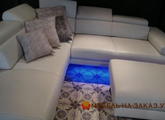 мягкая угловая мебель с подсветкой