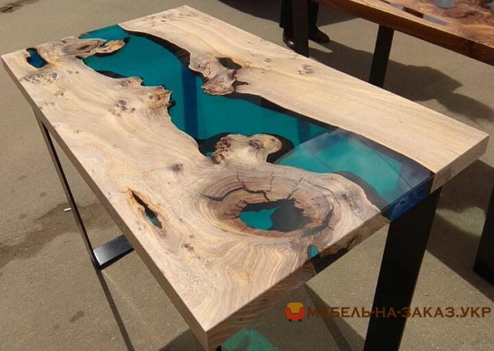 Дизайнерский стол с эпоксидной смолой на заказ
