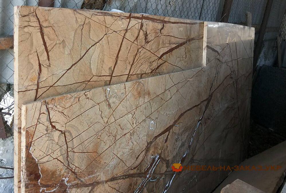 столешницы из натурального мрамора под заказ