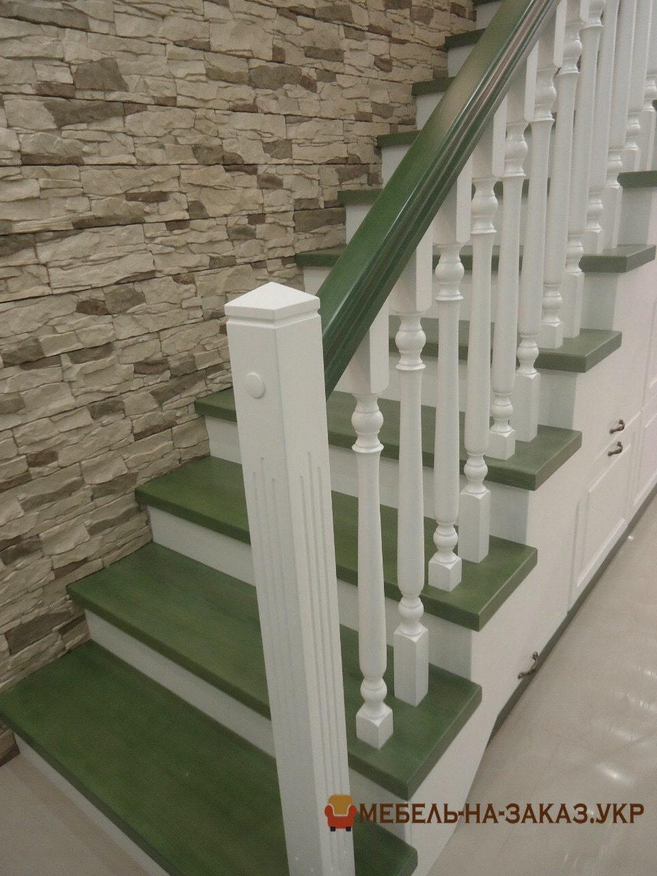 как заказать деревянную лестницу